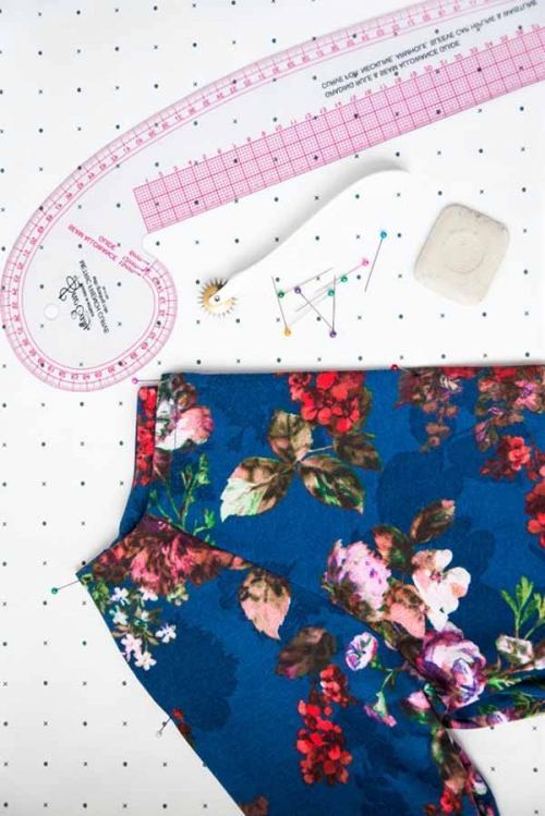 where to learn how to sew clothes