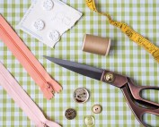 Zips and Buttonholes Made Easy