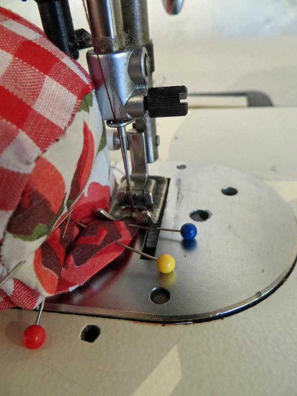 How to Make a Pin Cushion - SEW IT WITH LOVE I Sewing classes ...